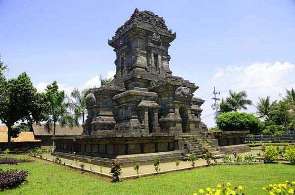 Yuk Berwisata Sambil Belajar di Malang