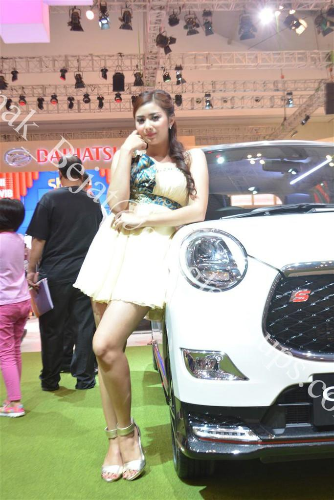 Liputan SPG GIIAS 2016 - Gaikindo Indonesia International Auto Show
