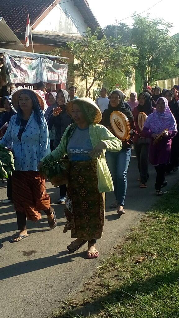 [17an] Kemeriahan Kaum Wanita Menyambut HUT RI yang ke-71