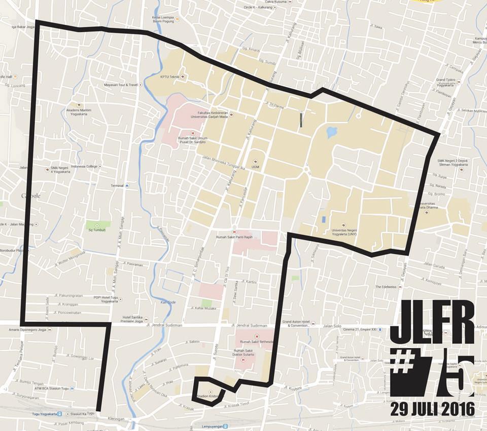 Keringat Seksi Malam Hari di JLFR