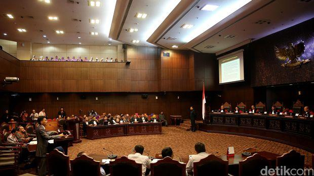 PPP Persilakan LGBT Keluar Indonesia Jika Tak Nyaman di Indonesia
