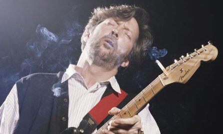 daftar gitaris2 dunia yang merokok