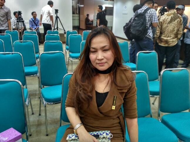 peran kpai Jakarta -- komisi perlindungan anak indonesia (kpai) menyatakan ayah menjadi kunci tumbuh kembang anak wakil ketua kpai rita.