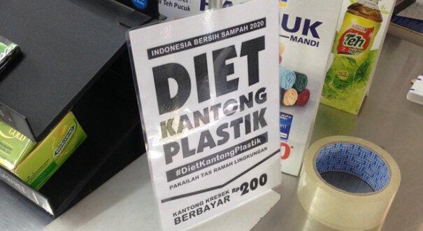 Program kantong plastik berbayar resmi dihentikan