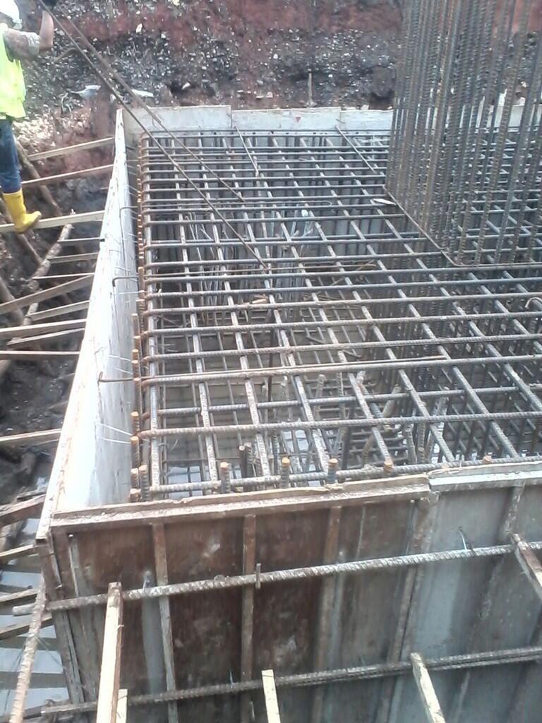 Ada yang salah di Proyek Pekerjaan SKY WALK Bandung?