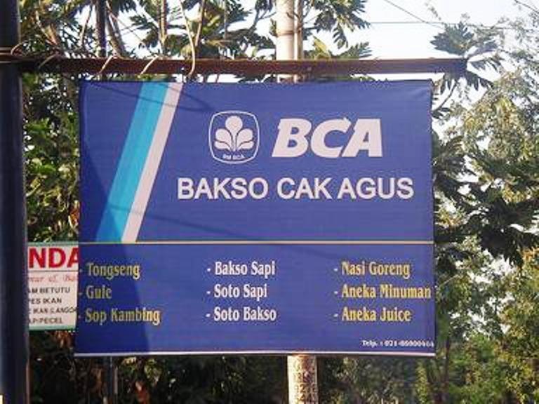 Spanduk Lucu Ala Indonesia Parah