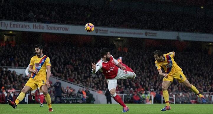 Arsenal Bekap Crystal Palace, Liverpool Menang Tipis Atas Manchester City