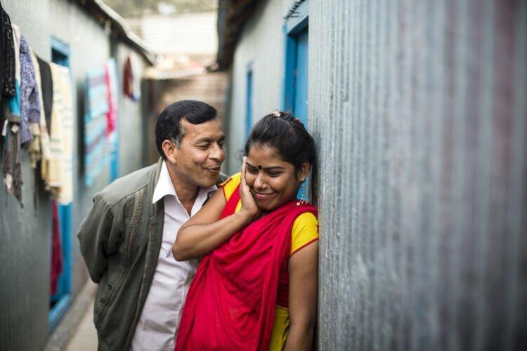 [MIRIS] PSK Remaja Bangladesh Minum Obat Penggemuk Sapi, Demi Menarik Pelanggan