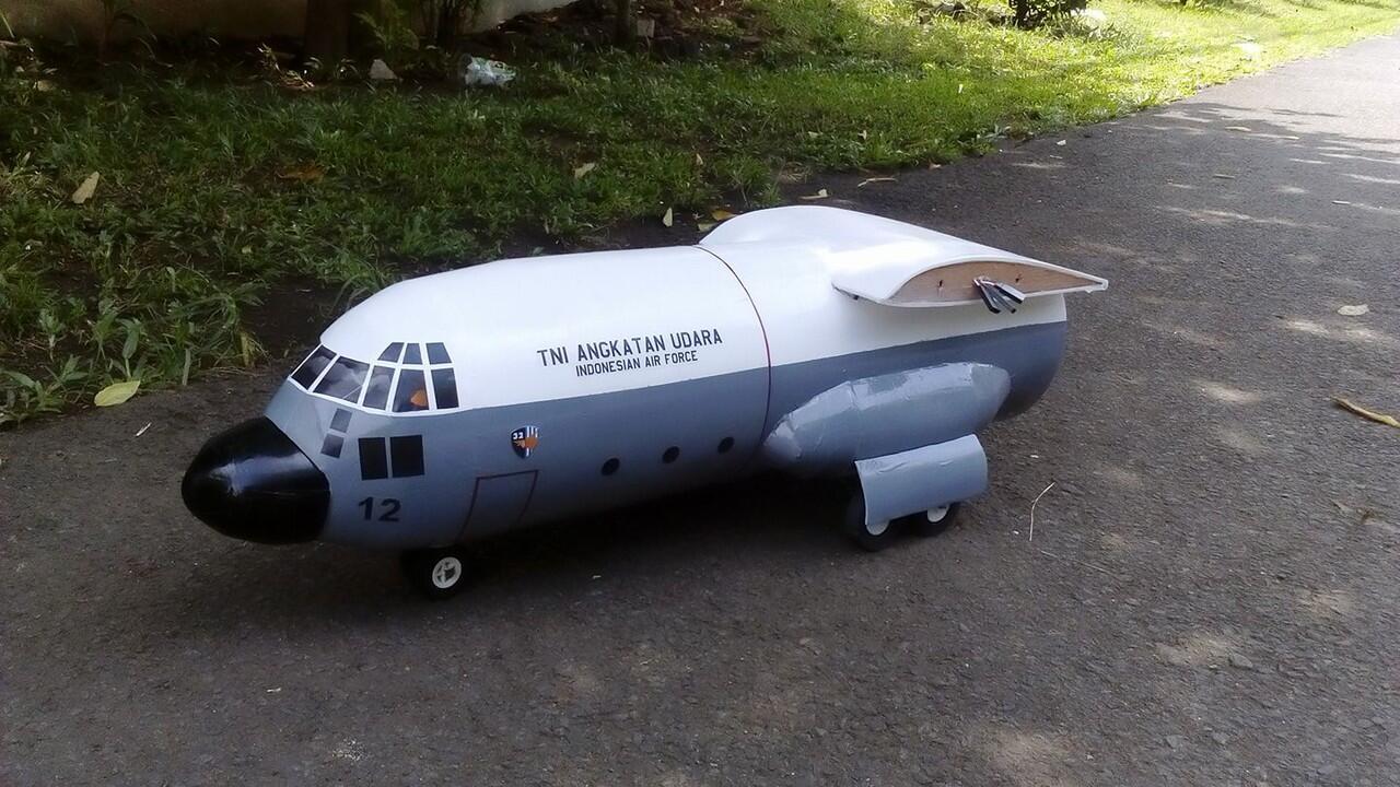 Pesawat C-130 Hercules TNI AU dari Gabus (RC)