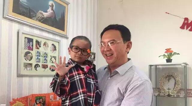Pertemuan Haru Ahok dan Anak Penderita Leukimia