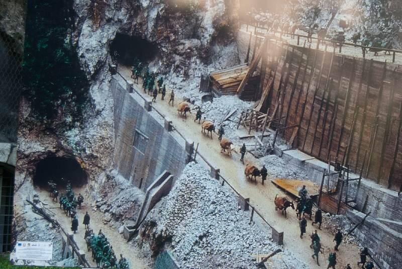 San Boldo Pass, Terowongan yang Bertingkat
