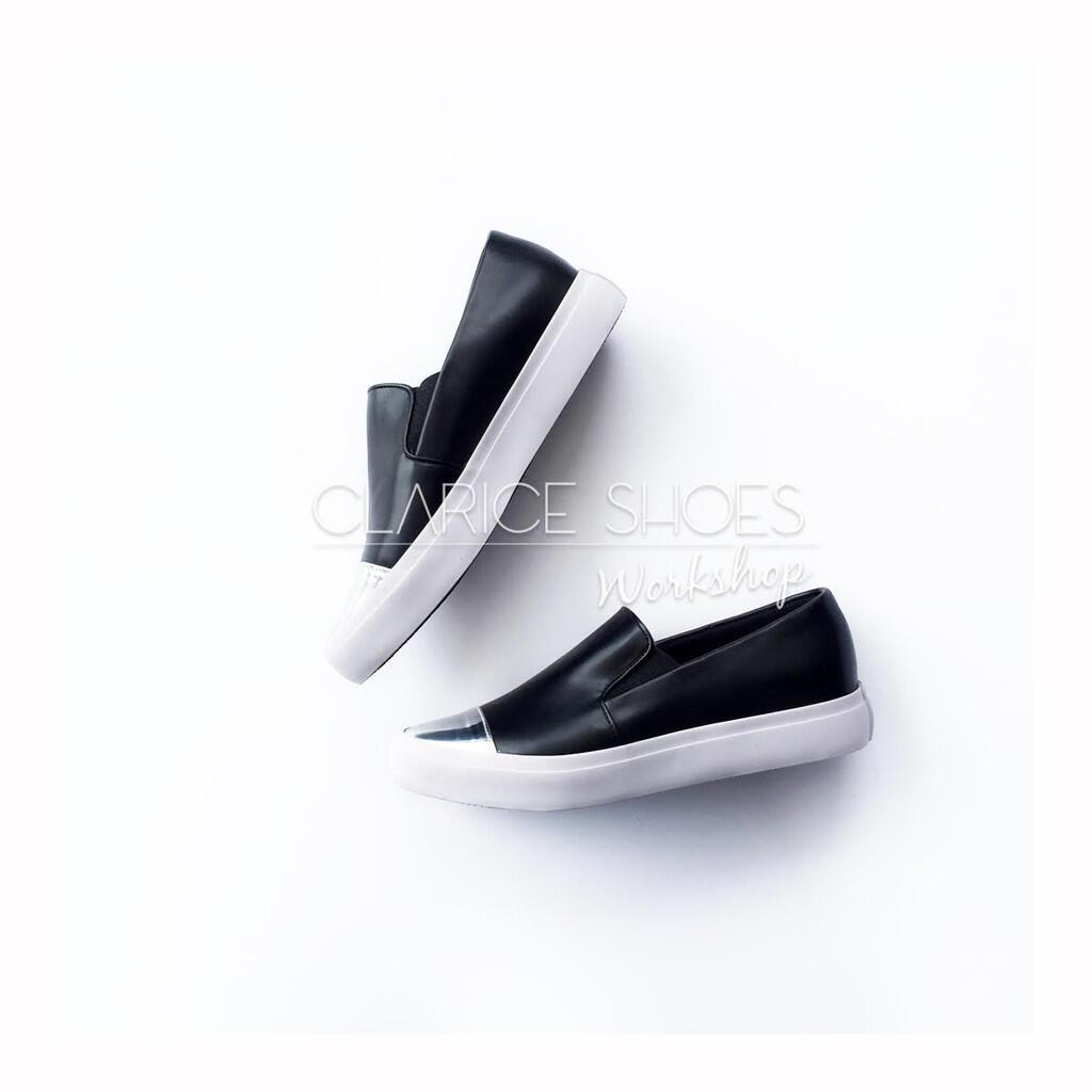 BISNIS SEPATU MERK SENDIRI? Vendor custom shoes bandung, profit 1juta per minggu !!!
