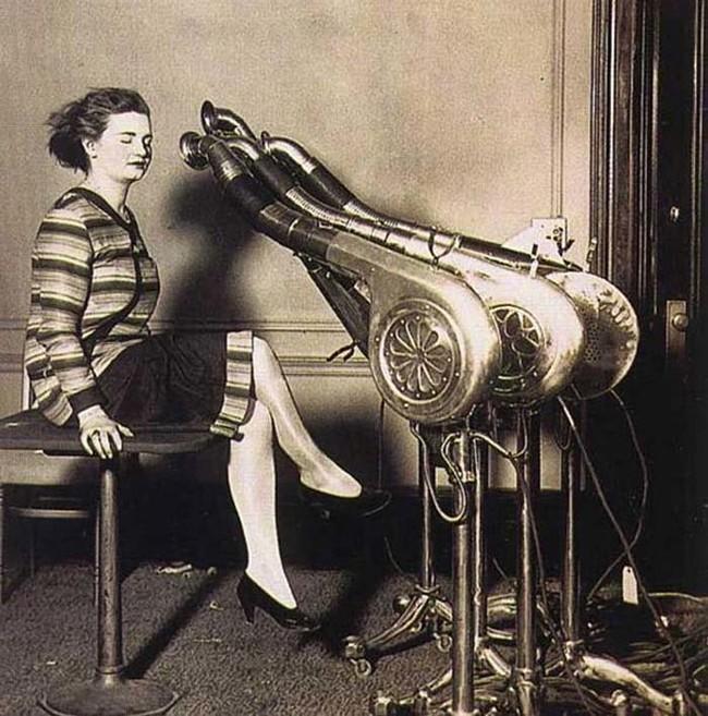 10 Foto Ini Nunjukin Kalau Teknologi Kecantikan Zaman Dulu Tuh Ternyata Serem!