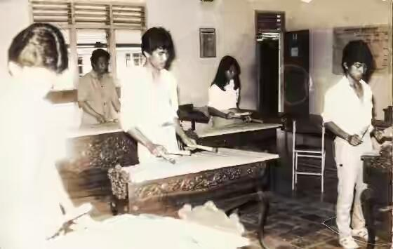 7 Seragam Gaul Anak SMA Di Indonesia Dari Masa Ke Masa
