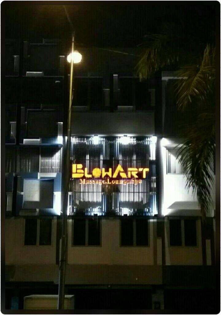 BLOW ART MASSAGE & LOUNGE (Rukan Bukit Gading Indah, Kelapa Gading - Jakarta Utara)