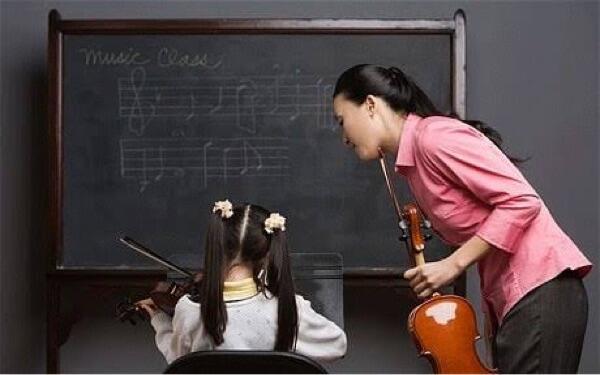 kuliah jurusan musik? ini dia beberapa pekerjaan yang cocok untuk kalian!