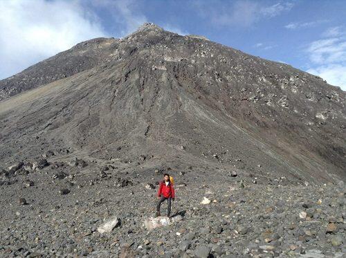 Kisah Misteri Gunung Merapi: 7 Kisah Ini Pasti Membuatmu Takut! Hii!!