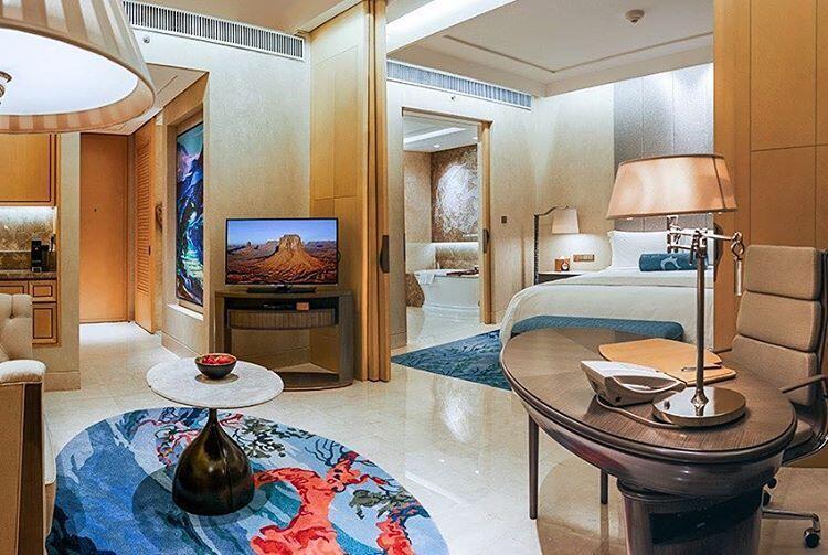 Raffles merupakan salah satu hotel yang terpilih oleh pihak arab saudi sebagai tempat menginap selama berada di jakarta pihak dari raffles hotel mengaku
