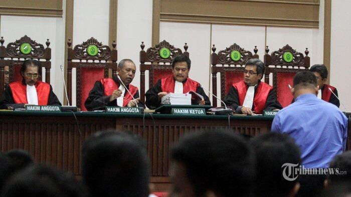 Hakim Kabulkan Dengarkan Keterangan Saksi Ahli Jaksa yang Dihadirkan Kubu Ahok