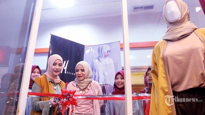 Zaskia Mecca dan Tasya Nur Soft Opening Butik ke-11 Meccanism di Depok