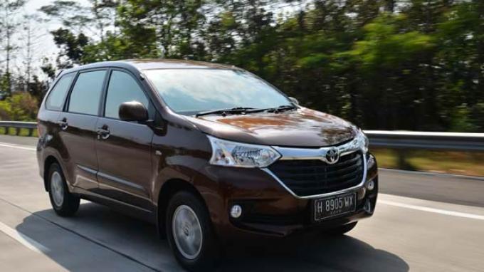 Toyota Avanza Paling Populer di Kalangan Netizen