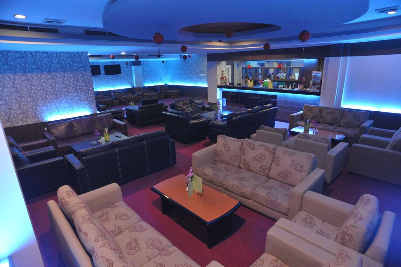 NEW SPA (HOTEL NEW HOLLYWOOD PEKANBARU)