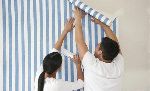 Cara memasang sendiri wallpaper dinding dengan mudah kaskus - Cara pasang wallpaper ...