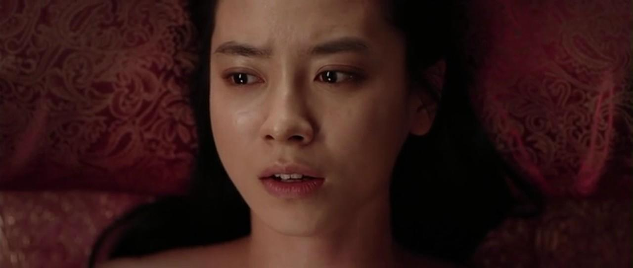 Aktris Korea yg pernah ber-adegan Sexual/ tanpa Busana di Film