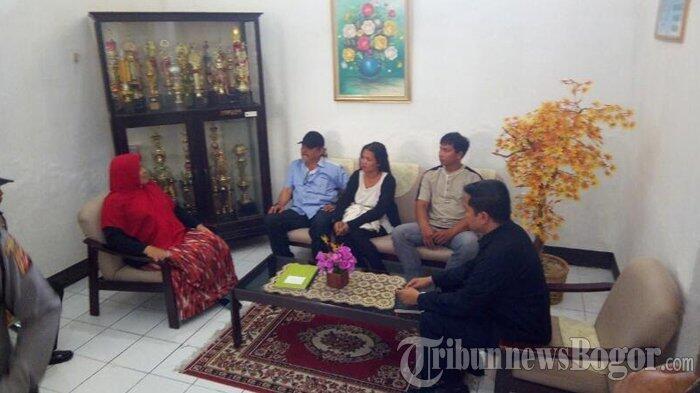 Istri Ahok Menangis di Pengadilan Negeri Kota Bogor, Begini Permintaannya