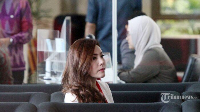 Cantiknya Inayah, Istri Siri Tersangka Kasus Korupsi e-KTP Andi Narogong