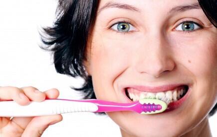 8 rahasia kesehatan mulut dan gigi yang wajib semua orang tau