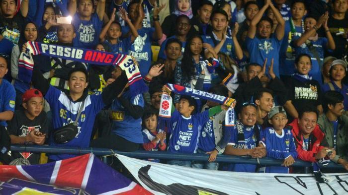 Bobotoh Siapkan Koreografi di Laga Persib Bandung vs Arema FC