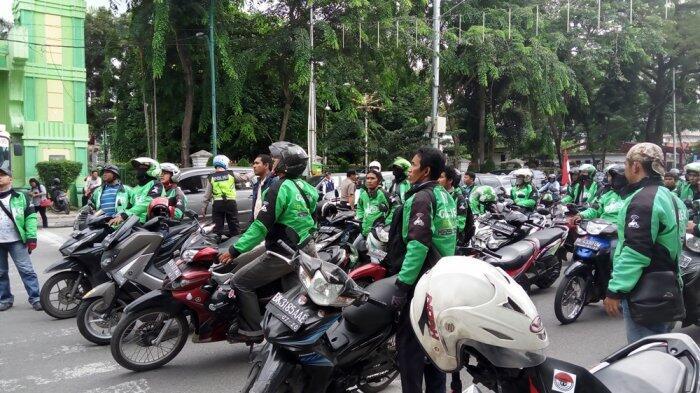 Giliran Ratusan Driver Go-Jek Akan Kepung Kantor Pemerintah