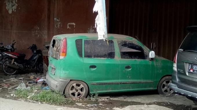 Mobil Mati Yang Dijual Arie 'Tewas' Akibat Gigitan Tikus dan Korban Banjir