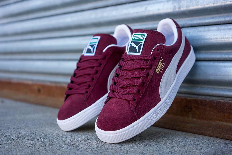 10 Sepatu Sneakers Legendaris Dunia  1c27612e8c