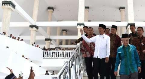 Menteri Agama Bantah Ada Simbol Salib di Masjid Hasyim Asy'ari