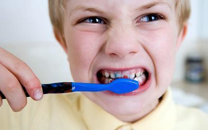 Yuk lakukan ini setiap hari, supaya gigi dan mulut tetep sehat.
