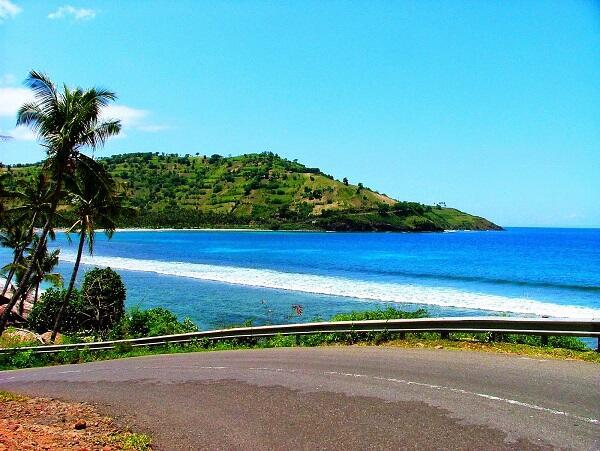 Ini Dia Beberapa Pantai di NTB Yang Wajib Kamu Datangin!