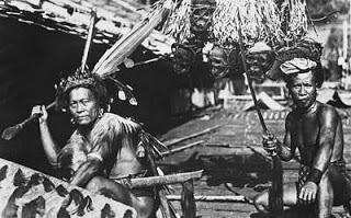 Di Indonesia Ini 4 Suku ini di Takuti Karena Makan Manusia!