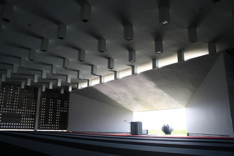 Masjid Unik Rest Area KM 88 B Cipularang Karya Ridwan Kamil