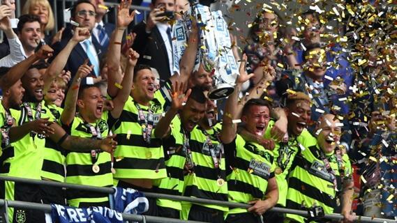 Setelah 45 Tahun, Tim Ini Kembali ke Premier League