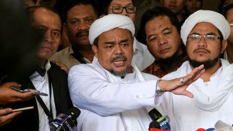 BREAKING NEWS : Pesan Habib Rizieq dari Arab Saudi untuk FPI