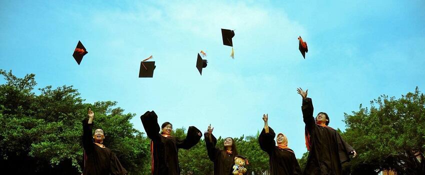 Kuliah Nyambi Berkarya, Berat! Tapi Bukanlah Hal Yang Mustahil
