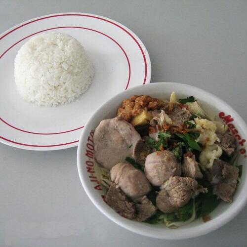 Kombinasi Nasi Putih dan Lauk Ini Combo Banget