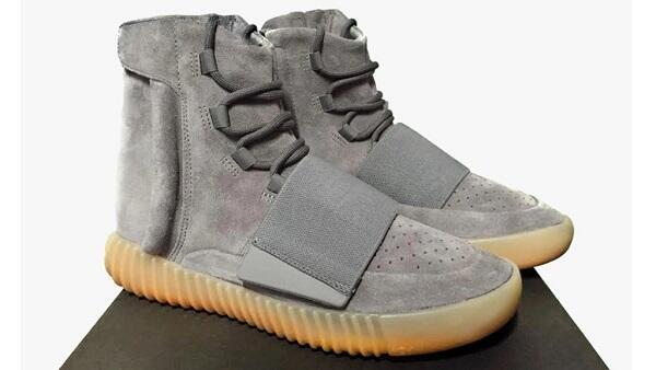 8 Sepatu Sneakers Termahal di Dunia 94583b8ef4