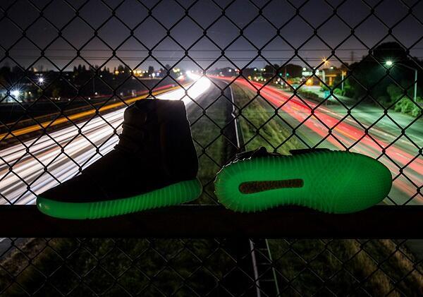 8 Sepatu Sneakers Termahal di Dunia, Dijamin Ngiler
