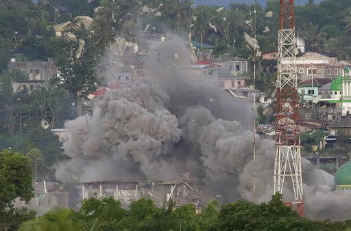 Perang itu ga ENAK [ Marawi City in picture ]