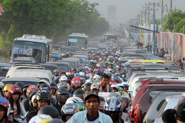 Orang Indonesia Paling Malas Berjalan Kaki?