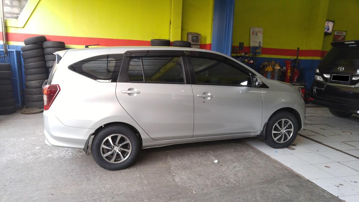 Daihatsu Sigra Modifikasi Velg