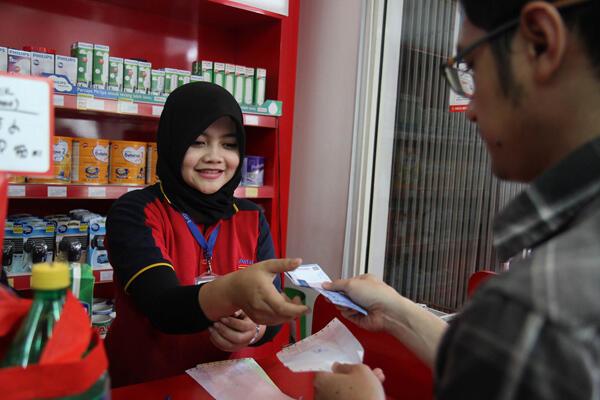 Beri Kemudahan, Alfamart Tawarkan Beragam Layanan Pembayaran